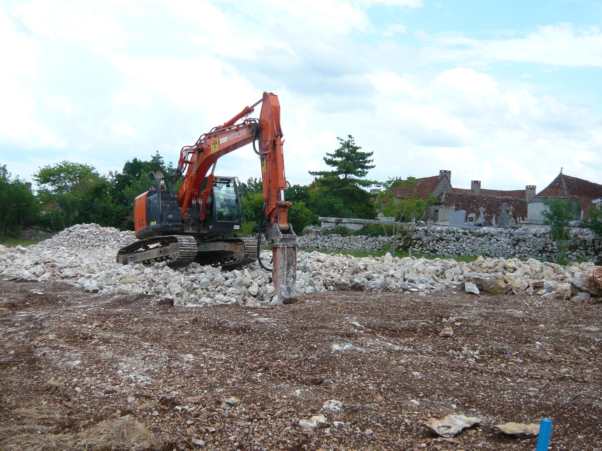 27 Juin : Travaux de terrassement