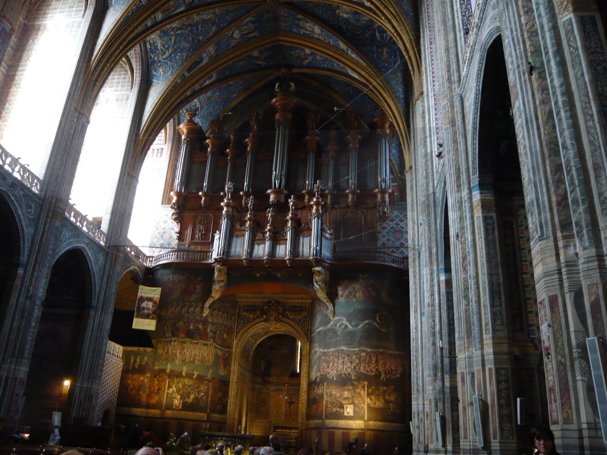 Le grand orgue au dessus du jugement dernier