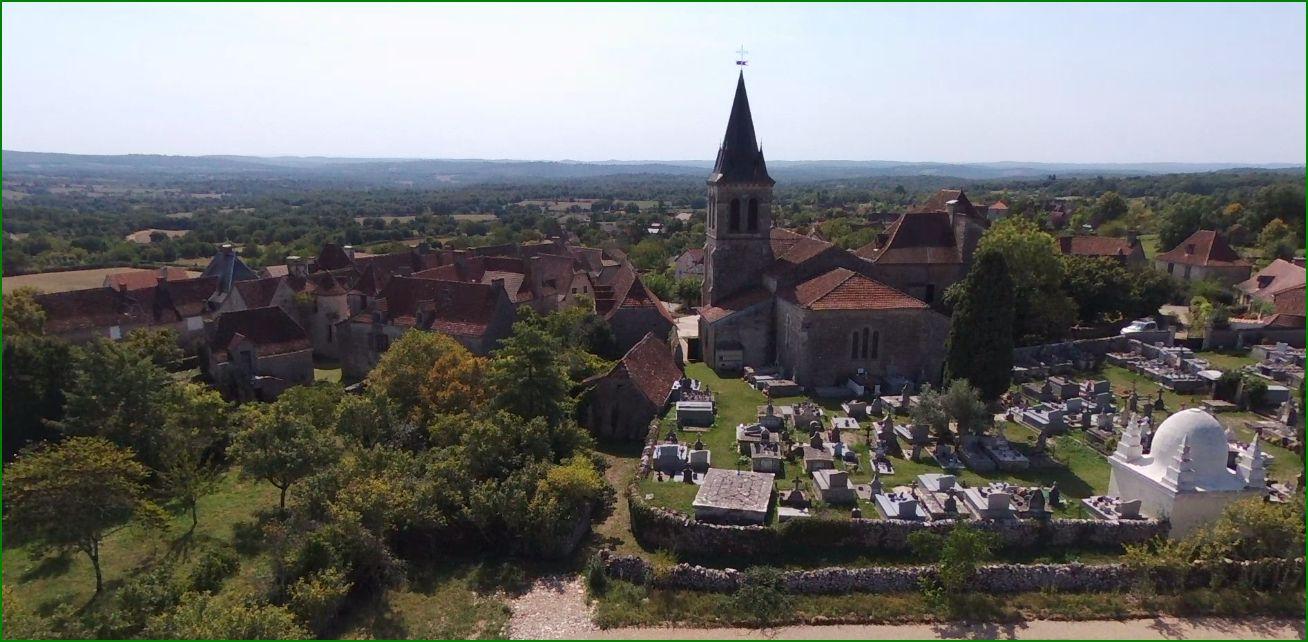 L'église, le cimetière