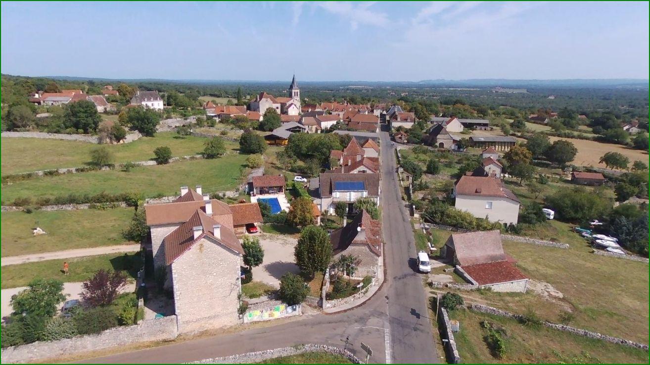 La mairie, le bourg