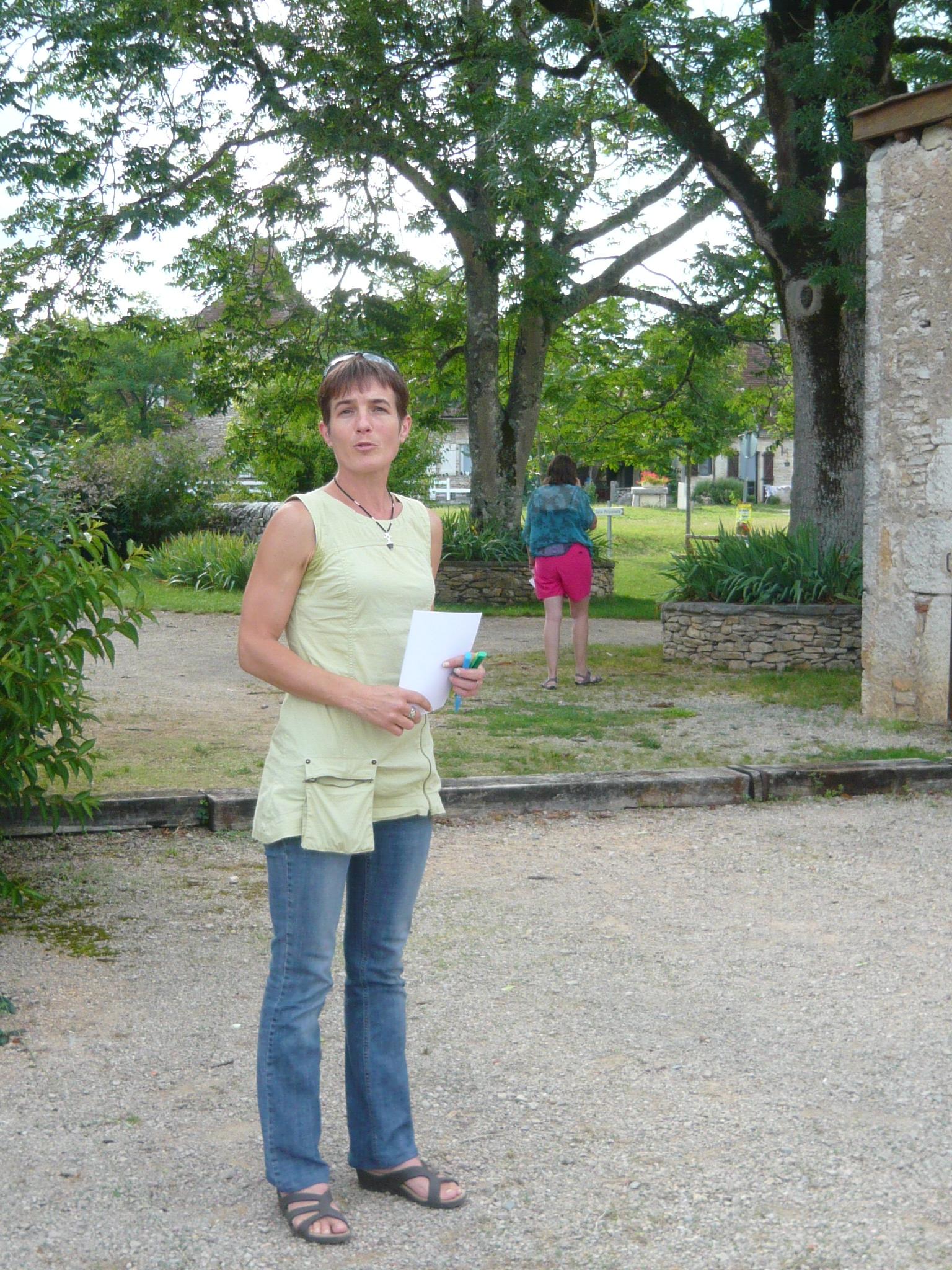 Olivianne, présentatrice des jeux