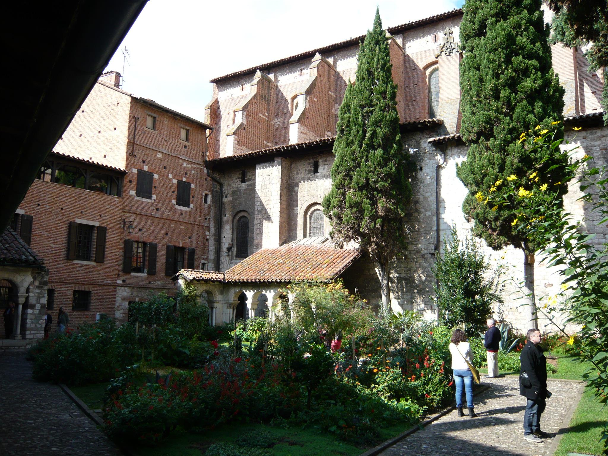 Cloître Saint SALVI