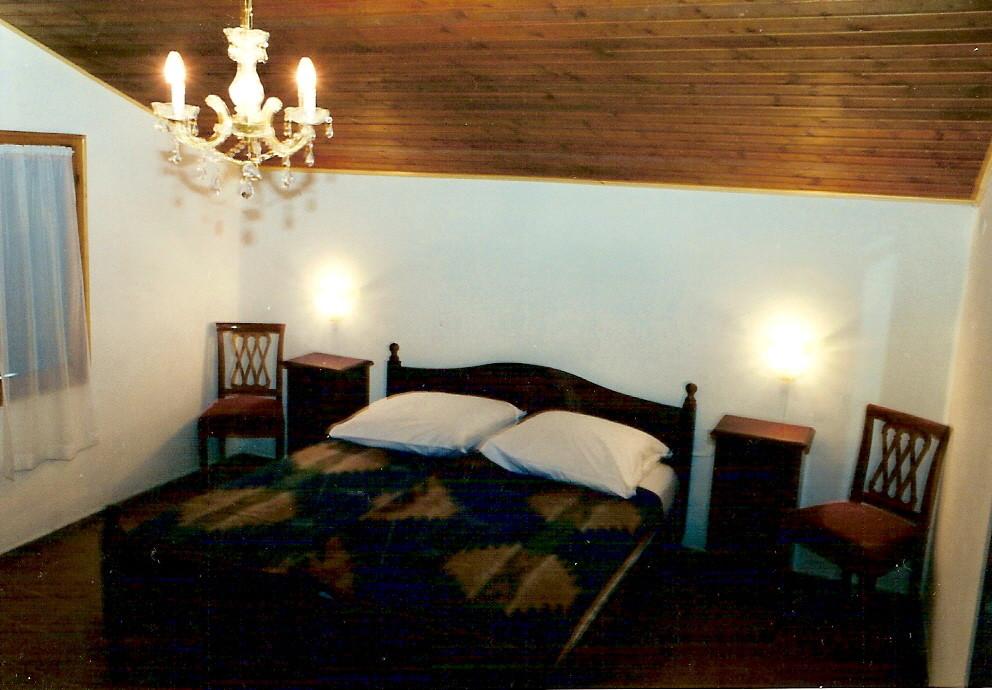 Rustico Schlafzimmer oben rechts