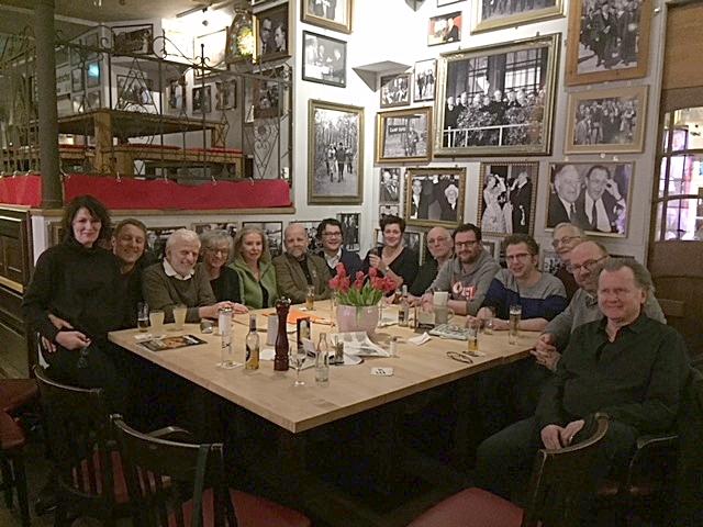 Gruppenfoto der Rheinischen Humorverwaltung in Köln