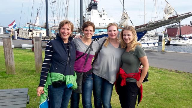 unsere Kajüte: Conni, Susy, Claudia und Sandra