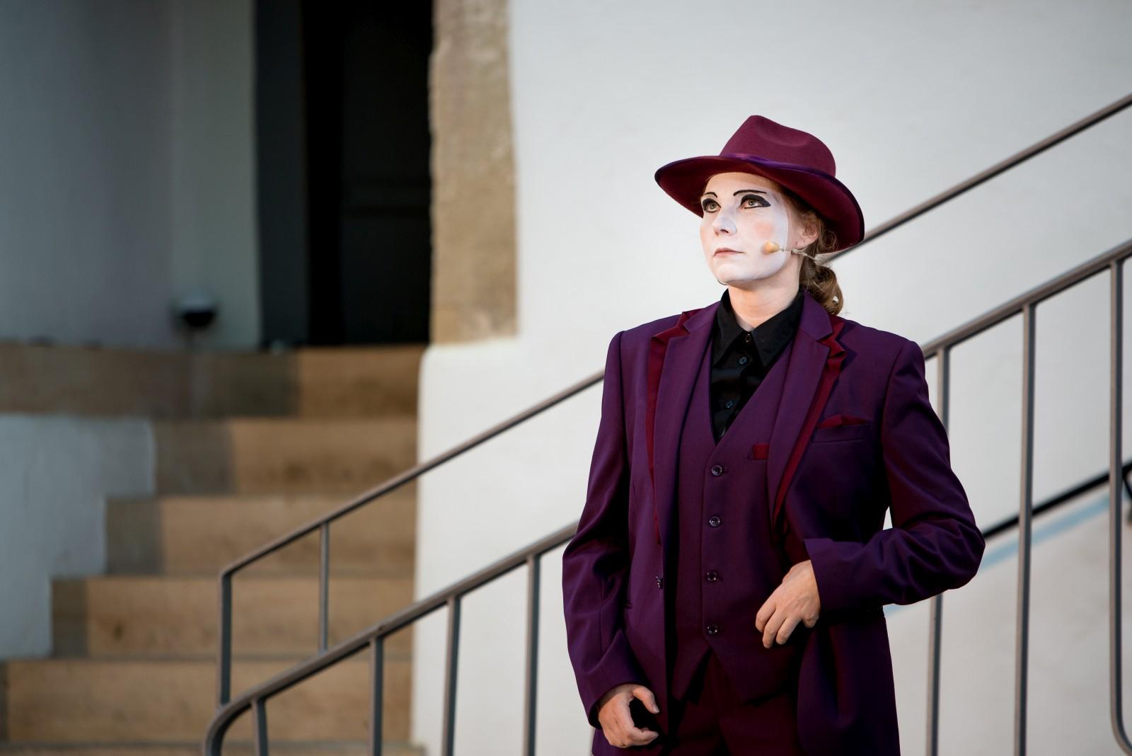 2019: Beatrice in Der Diener zweier Herren