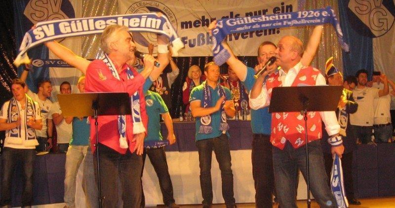 """""""Alte Herren"""", die auch singen können. Dieter Froitzheim (links) und Michael Kalitzki. Foto: Petra Schmidt-Markoski"""