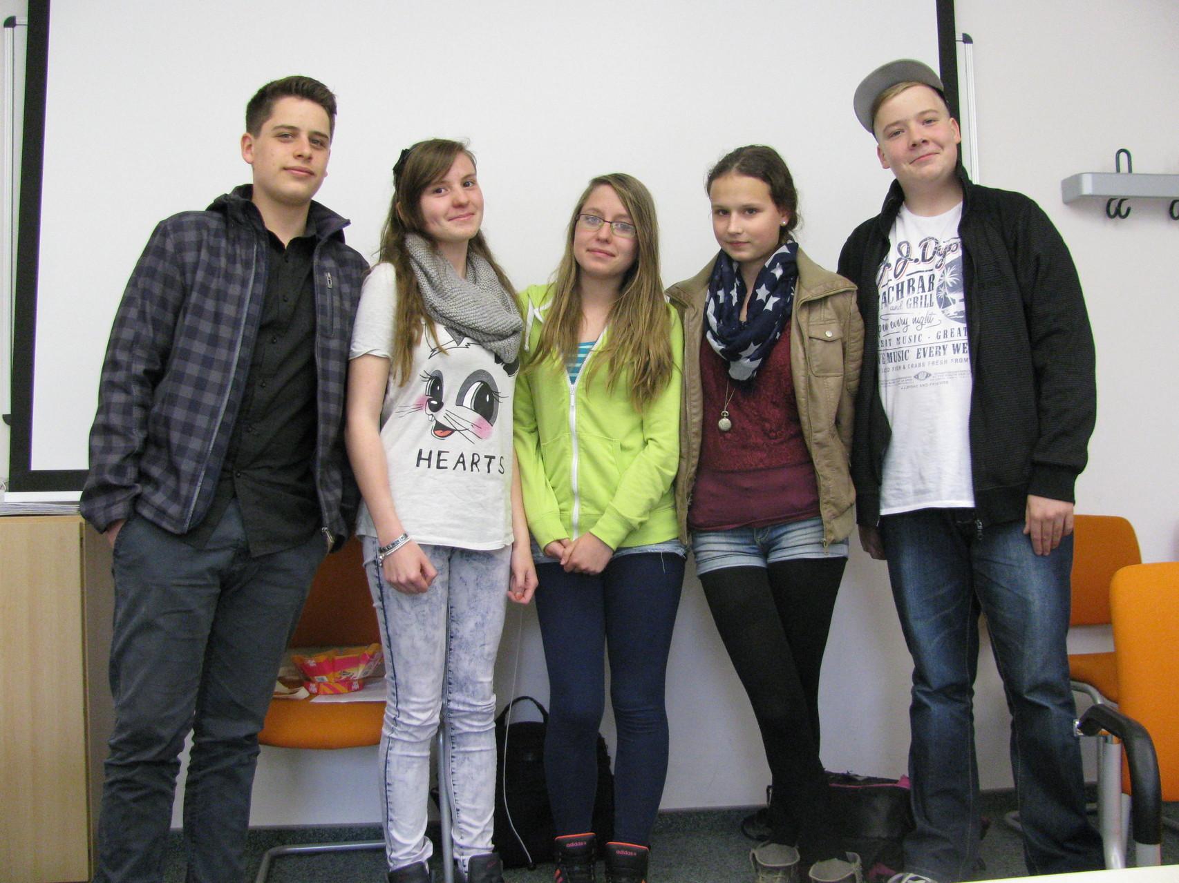 ... und in der 8b waren  besonders Jan, Ria, Florentina, Isabell und Paul auf ihre Präsentationen vorbereitet.