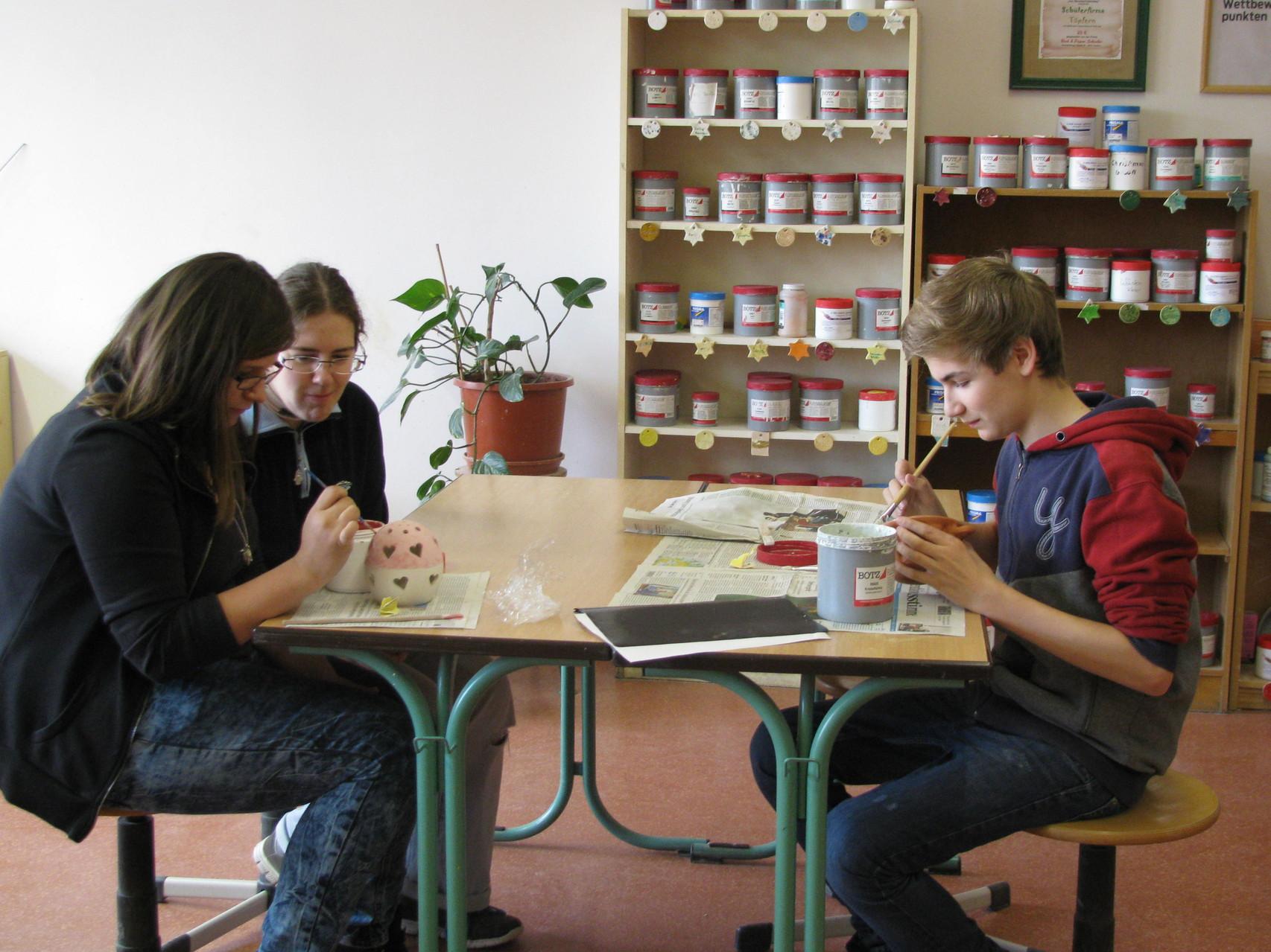 Fleißig arbeiteten diese Woche Corinna, Sarah und Colin