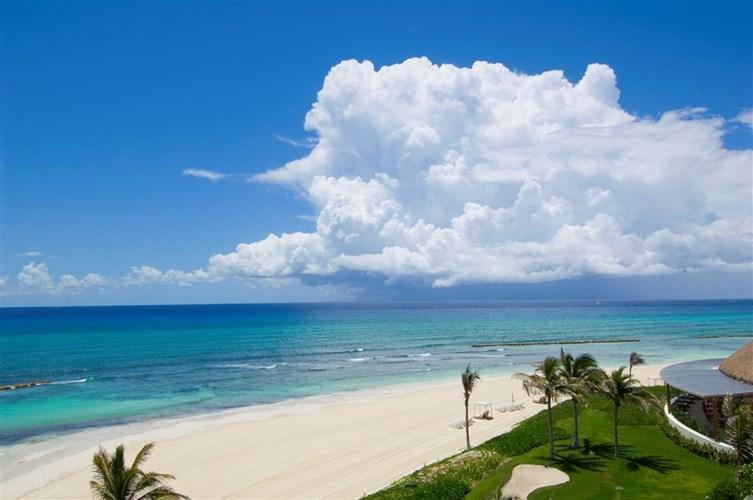 The beautiful beach at Grand Velas Riviera Maya