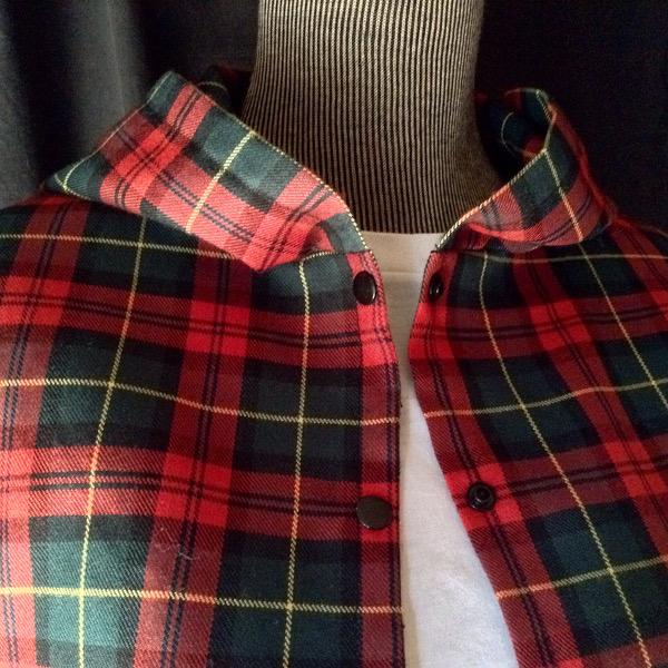 Chemise à Capuche Ecossais Rouge & Vert