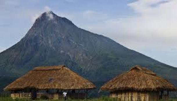 Mount-Mikeno.jpg