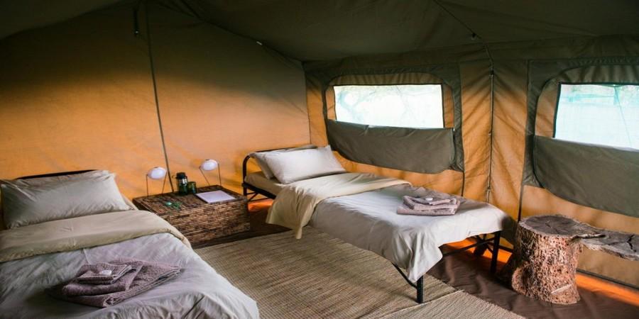 Karenge-bush-camp-Rwanda.jpg