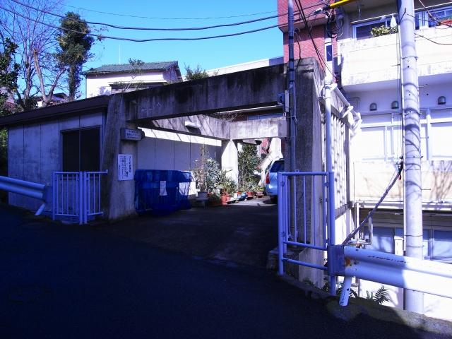 KAMEDA HOSPITAL × 御所山公団アパート