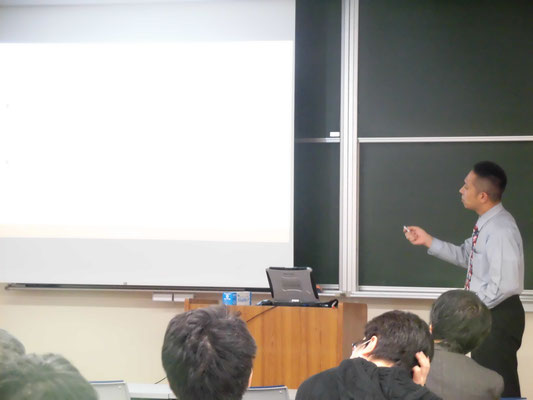 Lecture on counter-espionage for picosatellite at Teikyo University