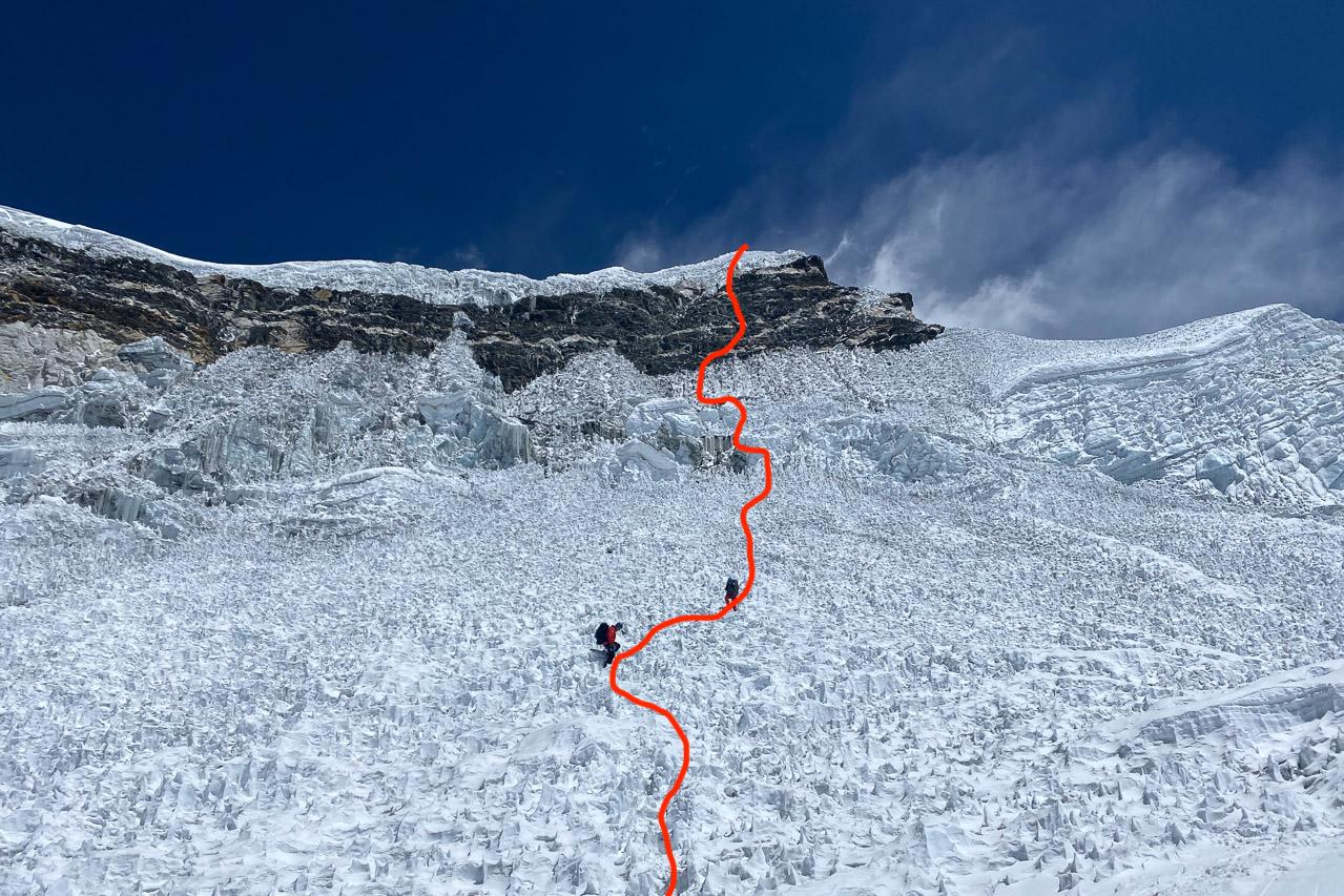 Mit rot ist die ungefähre Auf- und Abstiegsroute eingezeichnet.