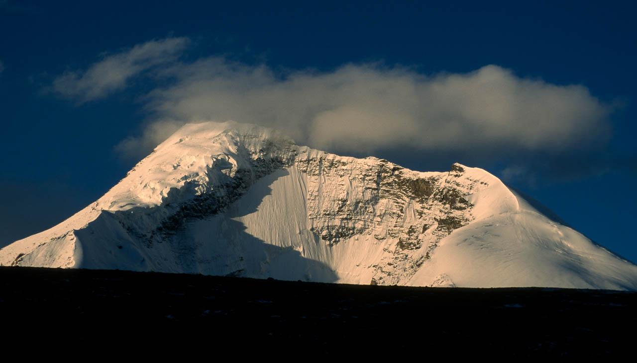 Kangyatze von Nimaling her gesehen während des Trekkings durchs Markha-Tal