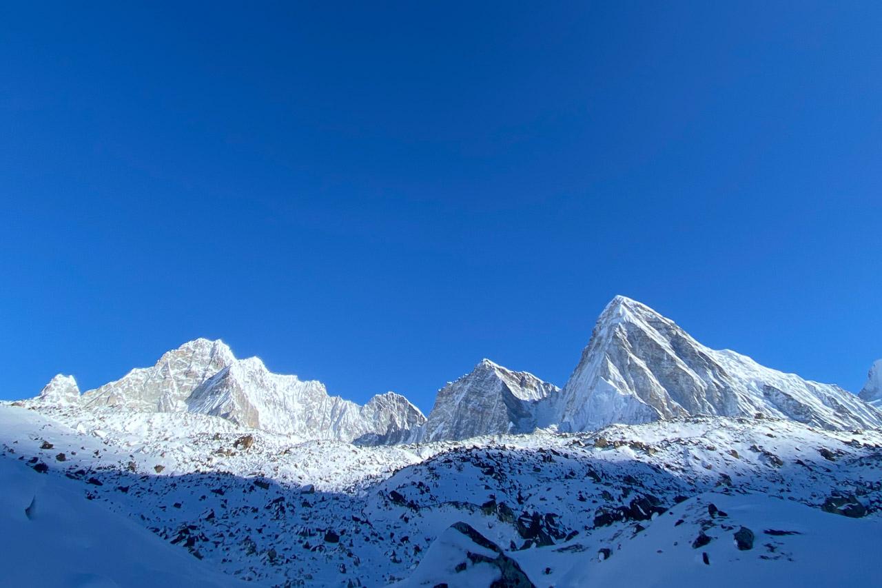 Bergwelt auf dem Weg zum Everest Basecamp.