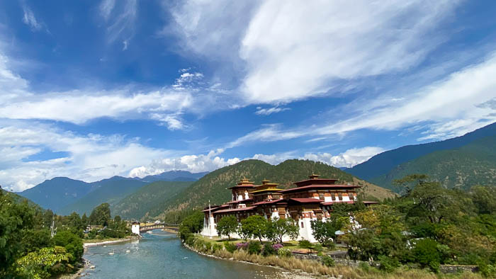 Der Dzong von Punakha gilt als schönster Dzong in ganz Bhutan