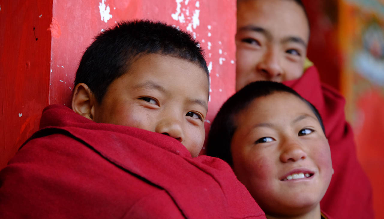 Junge Mönchsnovizen in Kham