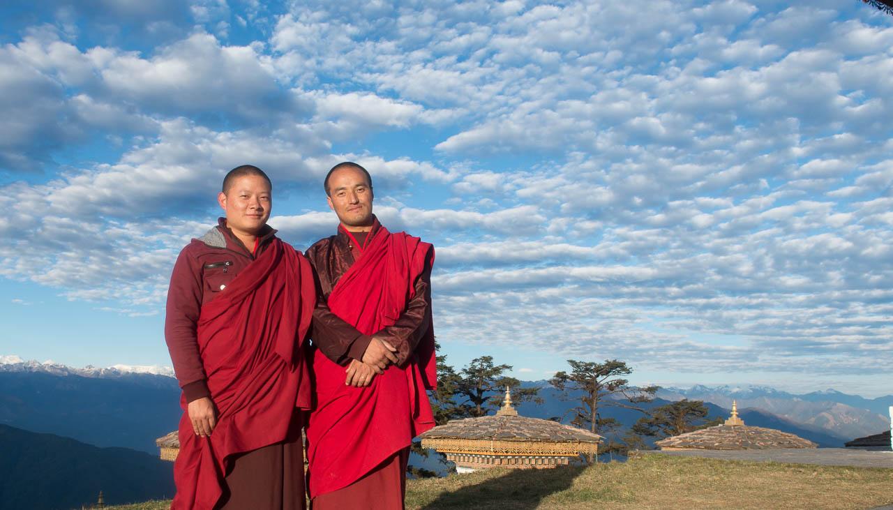 Zwei buddhistischen Mönche in Bhutan