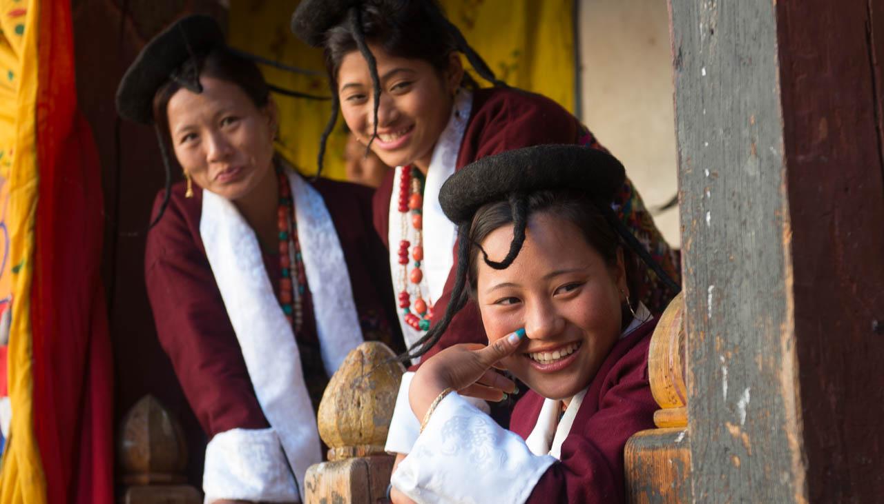 Nomadenfrauen aus Merak Sakten im Osten Bhutans