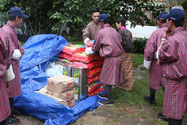 Güter des täglichen Bedarfs wie auch eine finanzielle Unterstützung konnten verteilt werden.