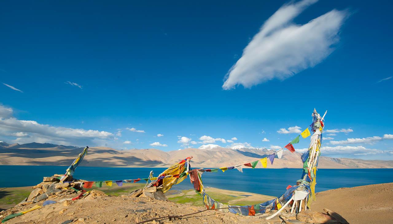 Salzsee Tsomoriri auf 4500 Metern Höhe im Osten von Ladakh