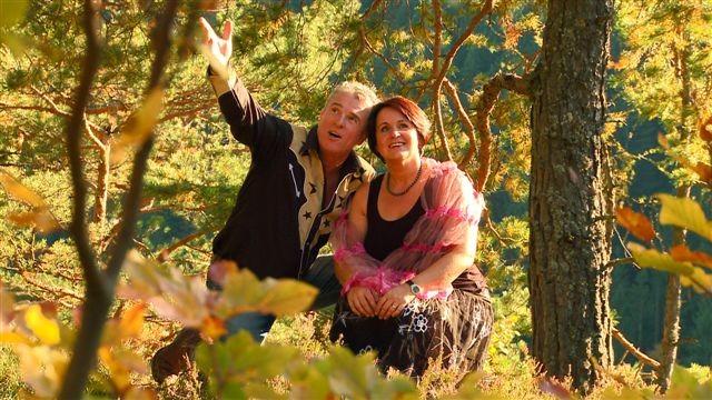 """Bildszene von den Dreharbeiten zum Video-Clip: """"Du bist der Fels in meiner Brandung"""" mit Schauspielerin Uli Wonisch"""