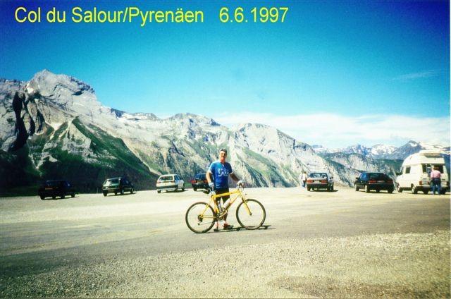 Peter bezwang mit dem Rad den Col de Solouir und den Col de Aubisque in den Pyrenäen/Frankreich - bekannt durch die Tour de France
