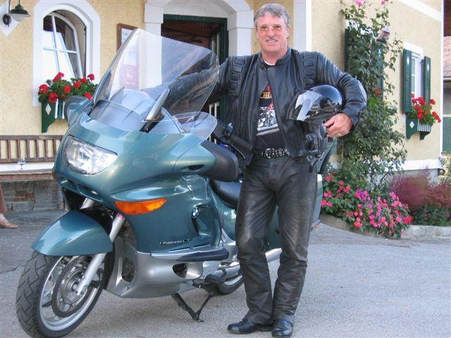 Peter mit seinem Bike