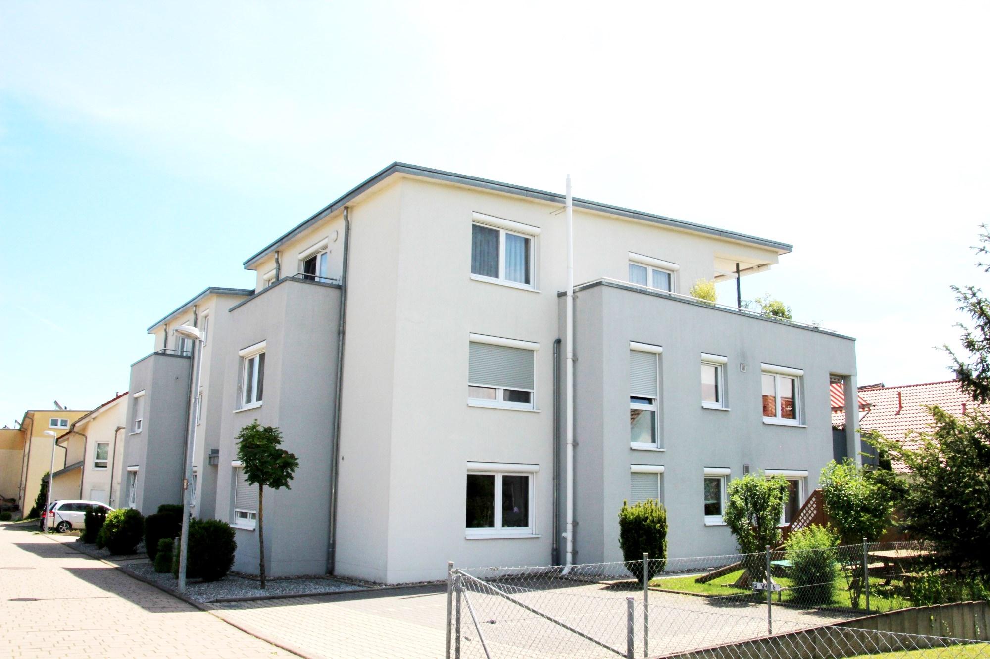 2009 | 9-Familienhaus Tannenweg in Sindelfingen-Maichingen, Architekt Dipl. Ing. U. Gehrer