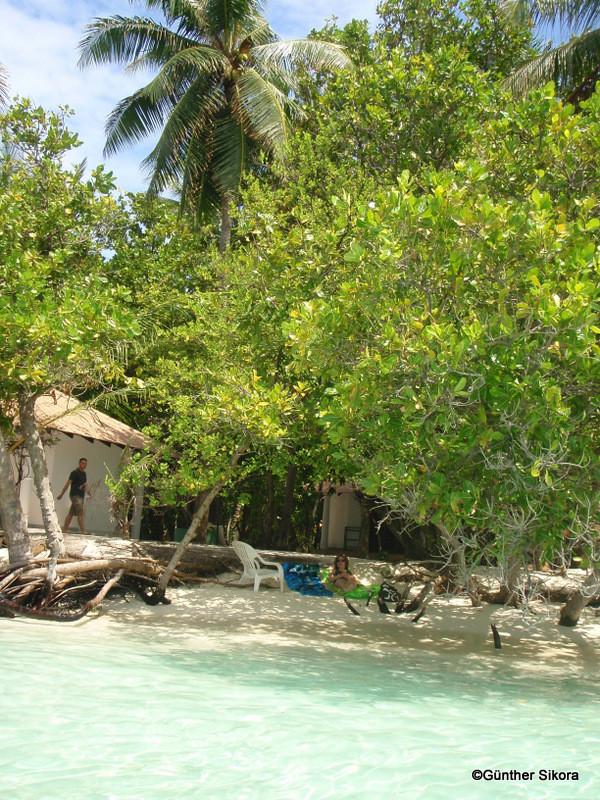direkt vor unserer Unterkunft unsere kleine Bucht