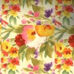 4  Moquette motif fleuri