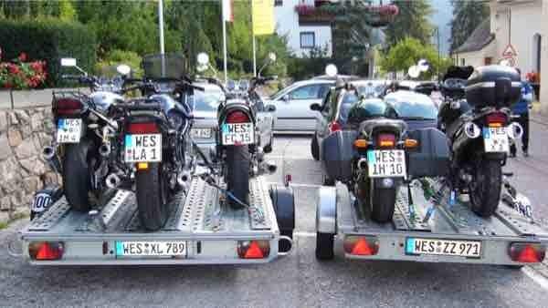 2er und 3er Motorradanhaenger