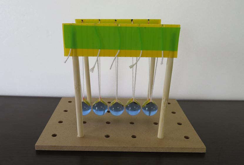 「ニュートンのゆりかご」を作りました!