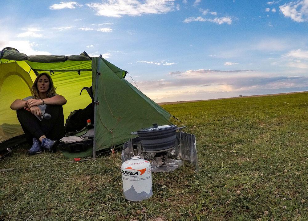 Nuits sous la tente... On fait cuire nos pâtes !