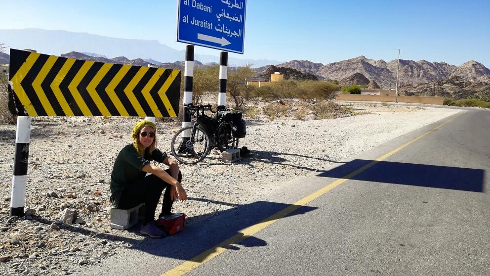 Sinon pour éviter l'autoroute, on prenait les petites routes qui nous faisaient faire des grandes boucles... Jusqu'à rejoindre l'autoroute. (l'autoroute on n'a pas de photos, il y avait du monde et ça roulait vite... On donnait pas trop dans le tourisme !)