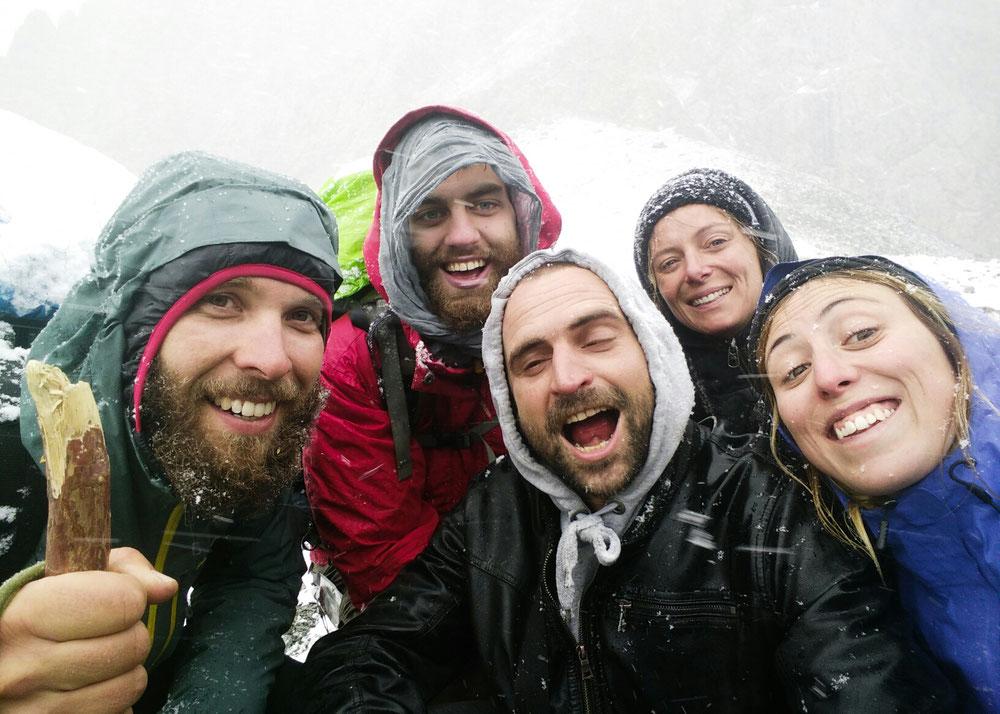 Arrivés en haut du col ! Photo fierté sous la neige