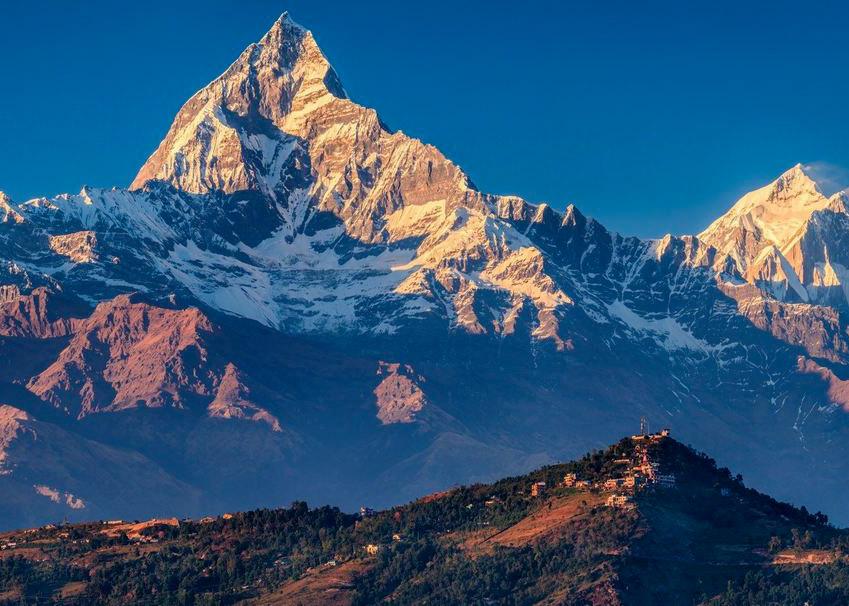 La vue sur l'Himalaya depuis Pokhara