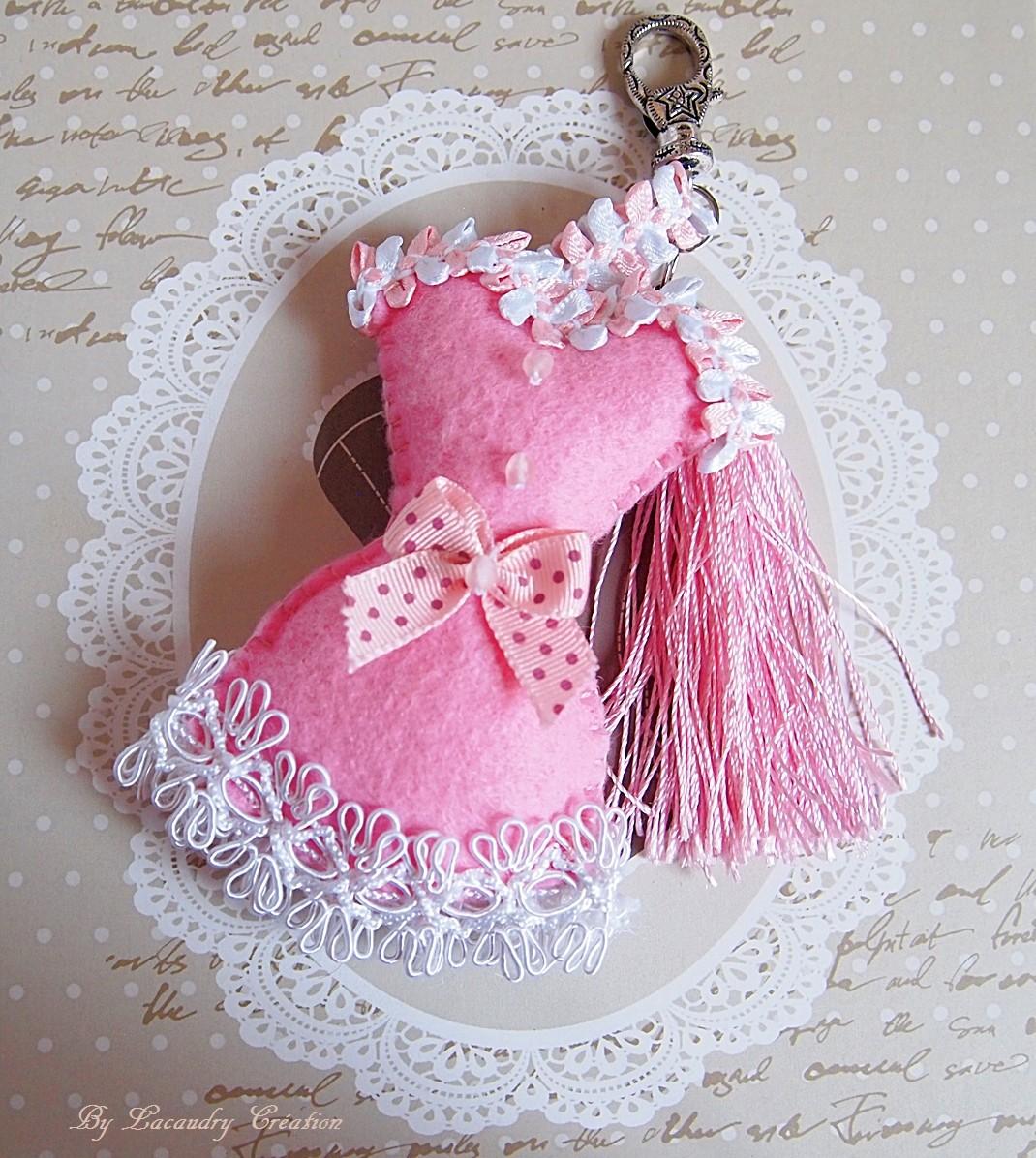 bijou de sac corset rose