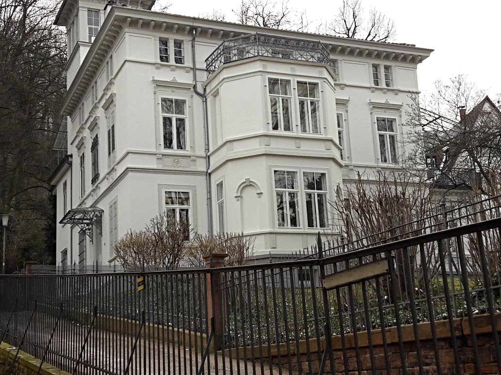 Entkernung und Einbau von Staubschutzwänden (Patton Barracks Heidelberg )