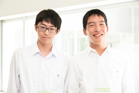 左から 伊奈朋弥くん、鈴木大介くん(2年)