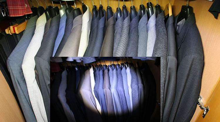 Inhalt eines Kleiderschrankes