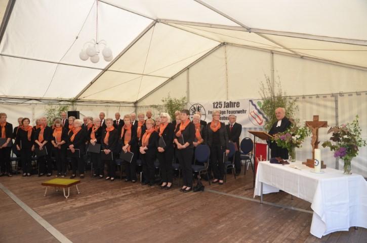Gottesdienst mit Pfarrer Klaus Bregas (im Ruhestand) und musikalischer Begleitung der Frauenchorgemeinschaft Nübel-Neuberend und des Männerchors des Gesangsvereins Eiche-Neuberend