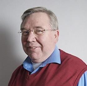 Dr.ir. Henk Tennekes waarschuwt al jaren voor de gevaren van de nieuwe bestrijdingsmiddelen. Hij vindt het zeer wel mogelijk dat ook de oriëntatie van jonge postduiven erdoor verstoord wordt.