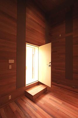 音楽室側のドアです