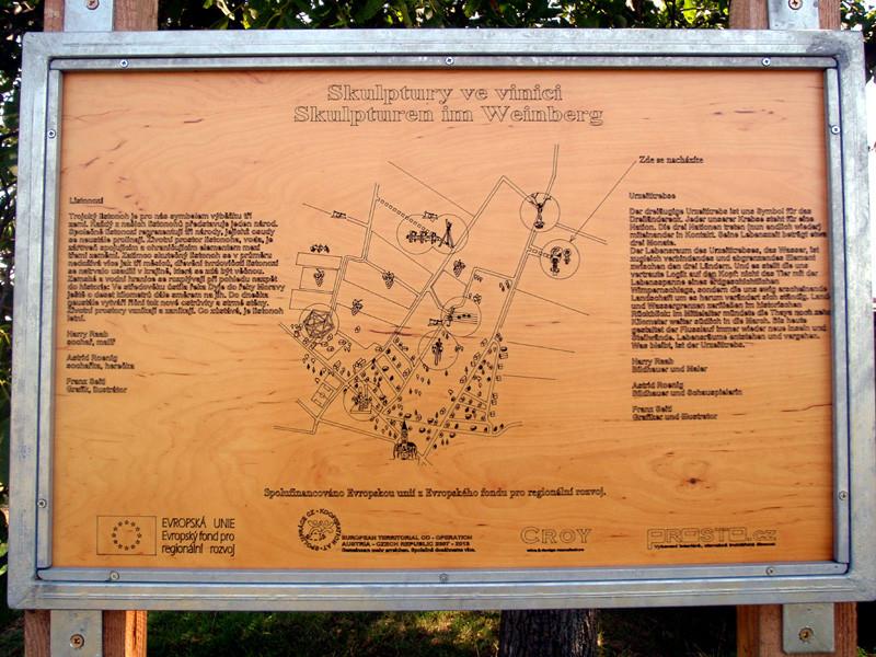 "Skupturenpfad ""Skulptury ve vinici"" im 3-Ländereck Ö-CZ-SK. 21 Künstler gestalten 7 Skulpturen -->"