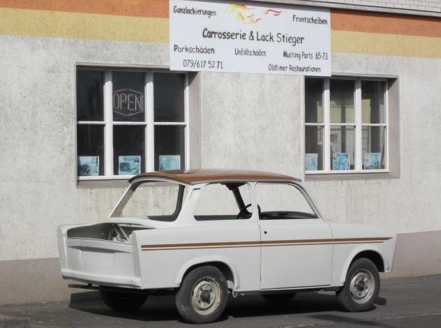 Trabant lack neu aufgebaut in Orginal farben
