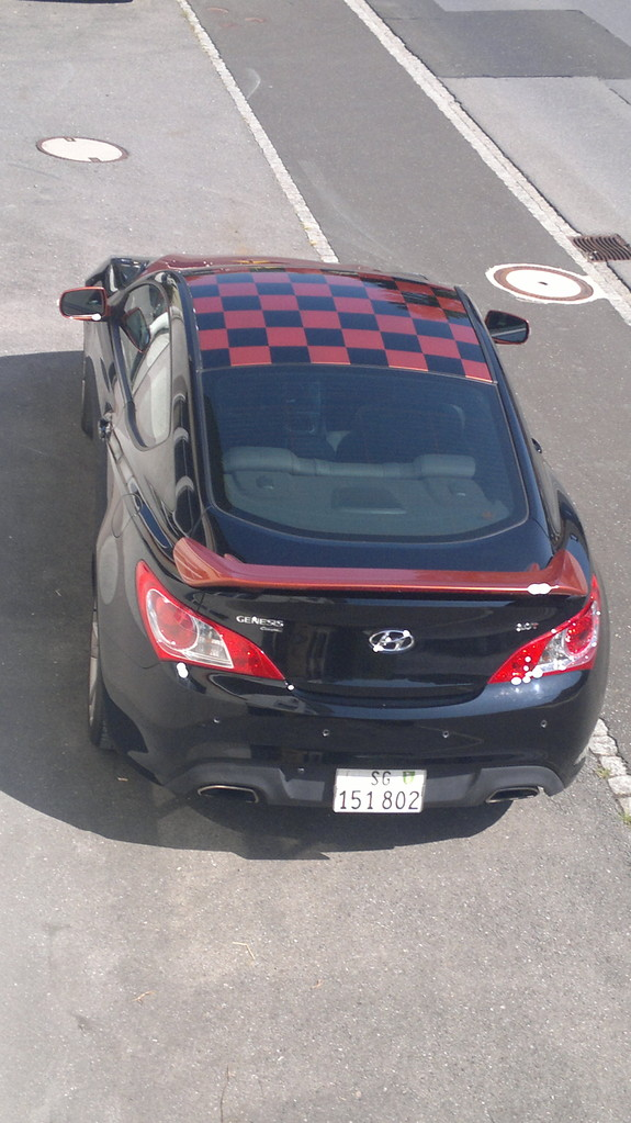 Hyundai Genesis Karo muster